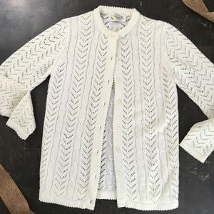 Vintage Sweater Bee ivory cable knit cardigan S/M
